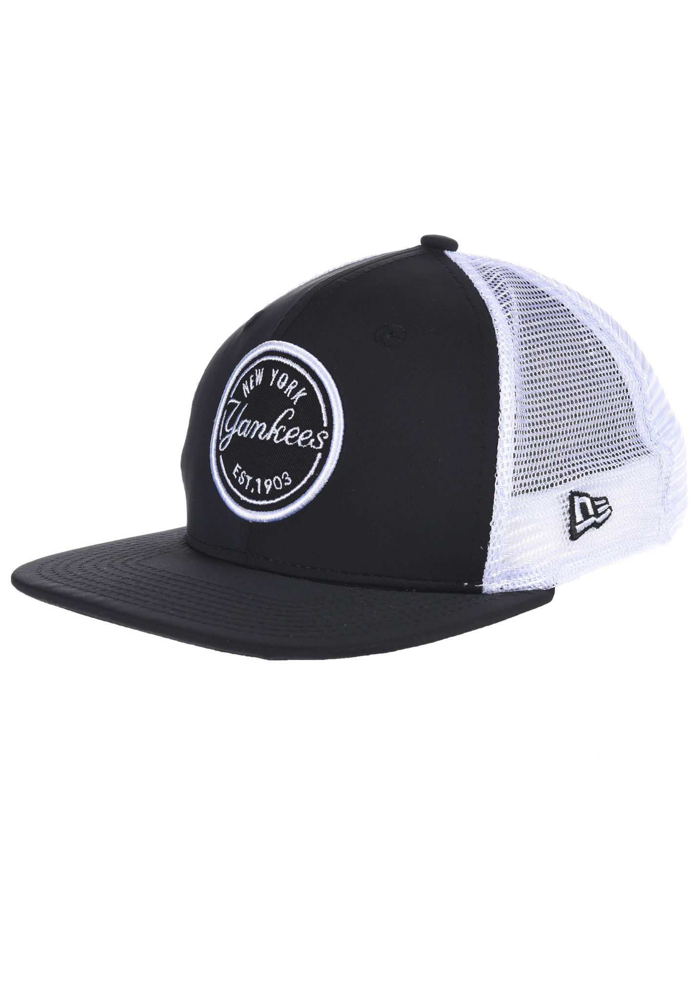 422ad50debaf8 NEW Era 9Fifty New York Yankees - Trucker Cap - Black - Planet Sports