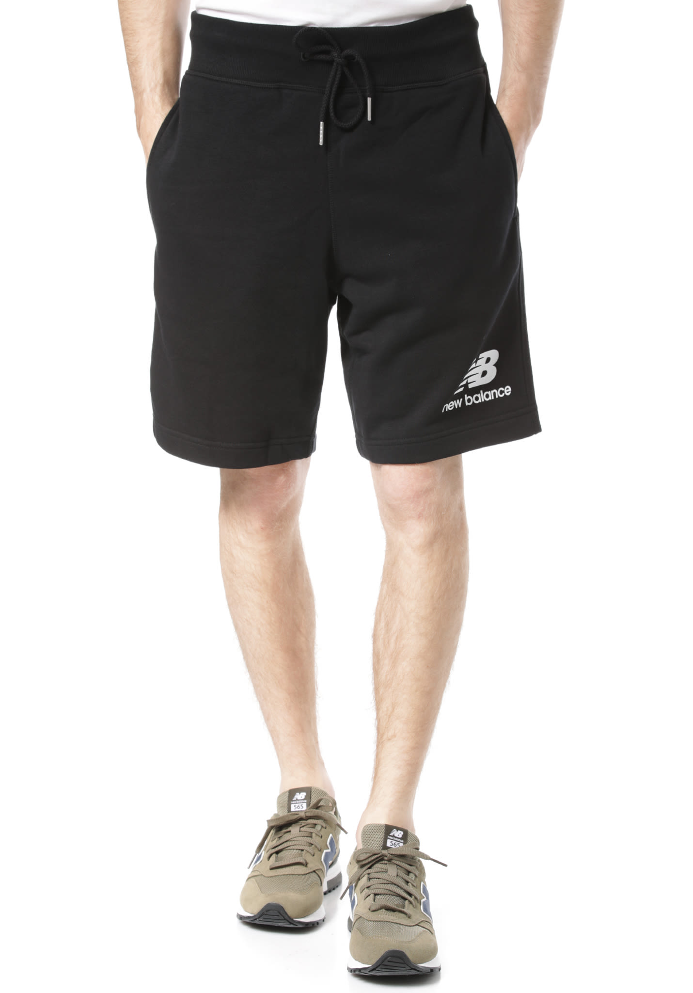 047230182d07d NEW BALANCE Essentials Stacked Logo - Shorts for Men - Black - Planet Sports