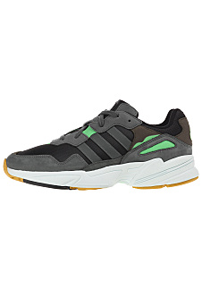 finest selection f7217 0c5b9 Sneakers SALE tot 70%  PLANET SPORTS Outlet