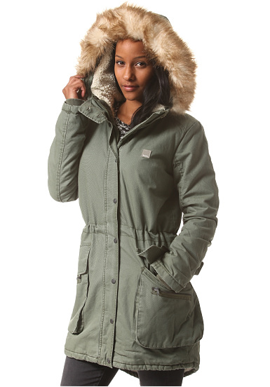 bench wolfish padded parka 1