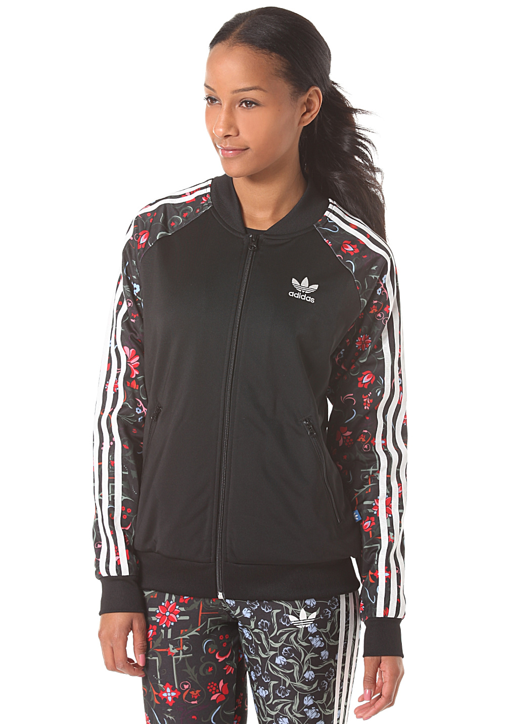 adidas superstar track top veste de surv tement pour femme noir planet sports. Black Bedroom Furniture Sets. Home Design Ideas