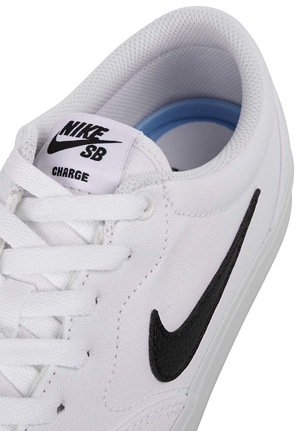 ffd9571f7969 NIKE SB Charge Cnvs - Sneakers for Men - White - Planet Sports